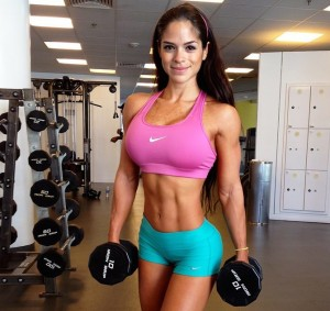 michelle-lewin-in-the-gym
